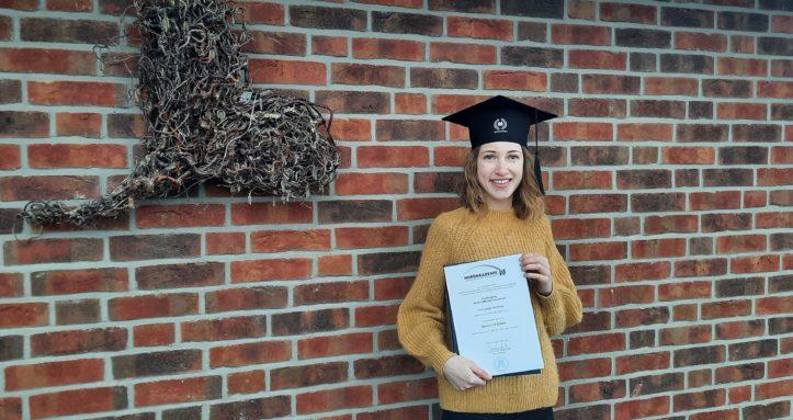Bachelor Graduierung Abschlusszeugnis