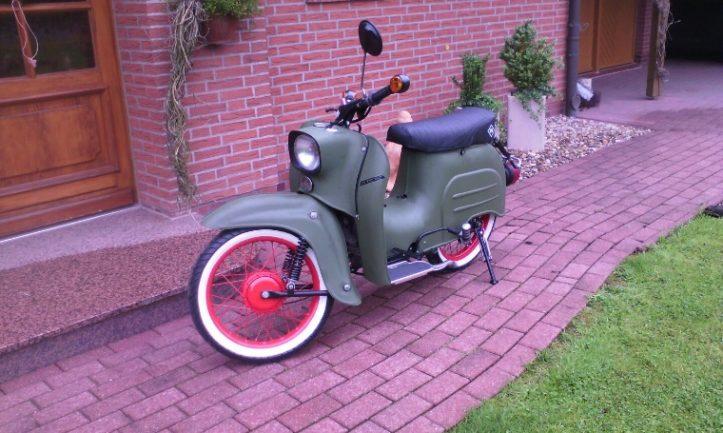 Freizeit Fricke Azubis: Oldtimer Motorroller restauriert